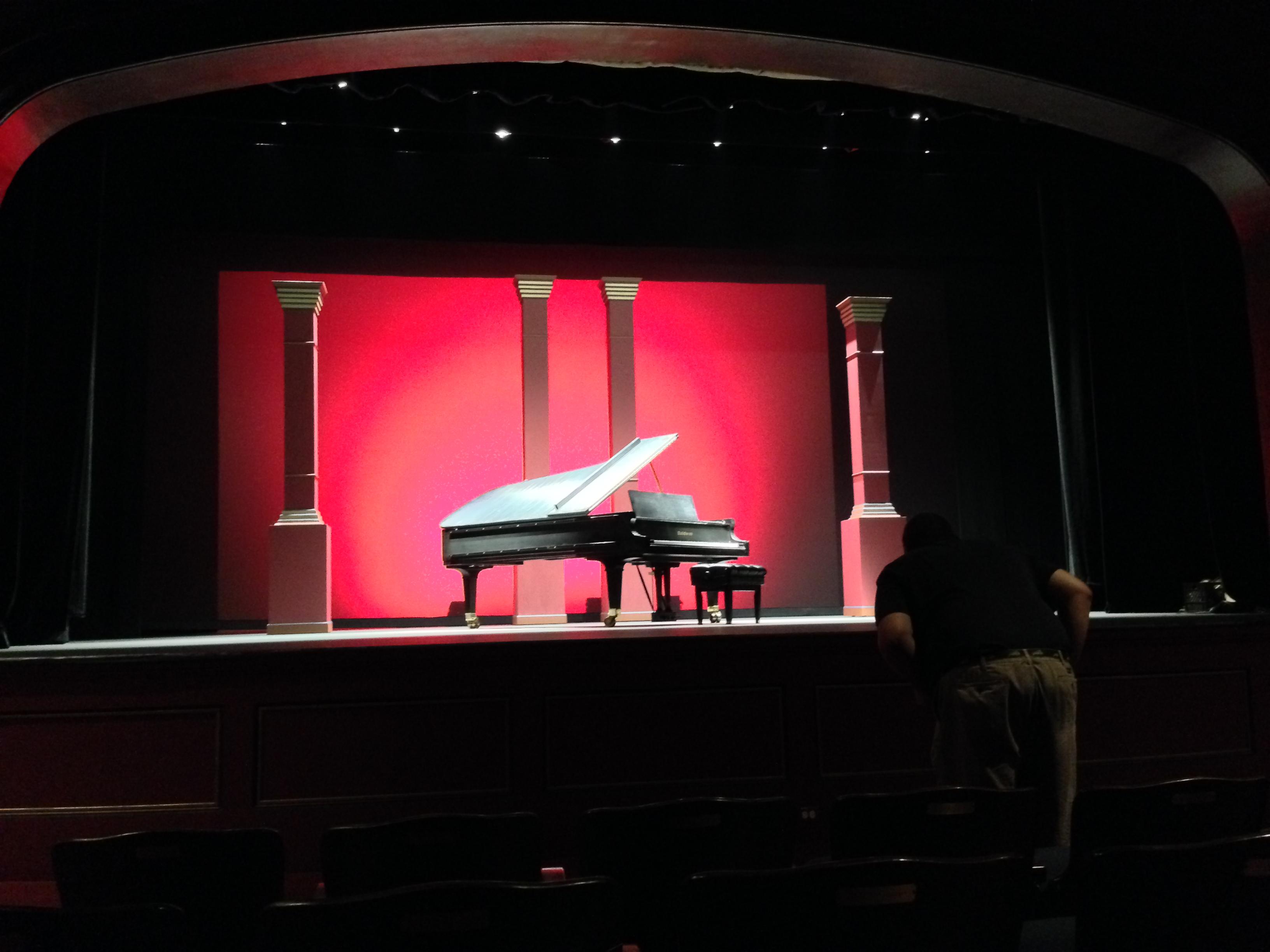 crest-theatre-18