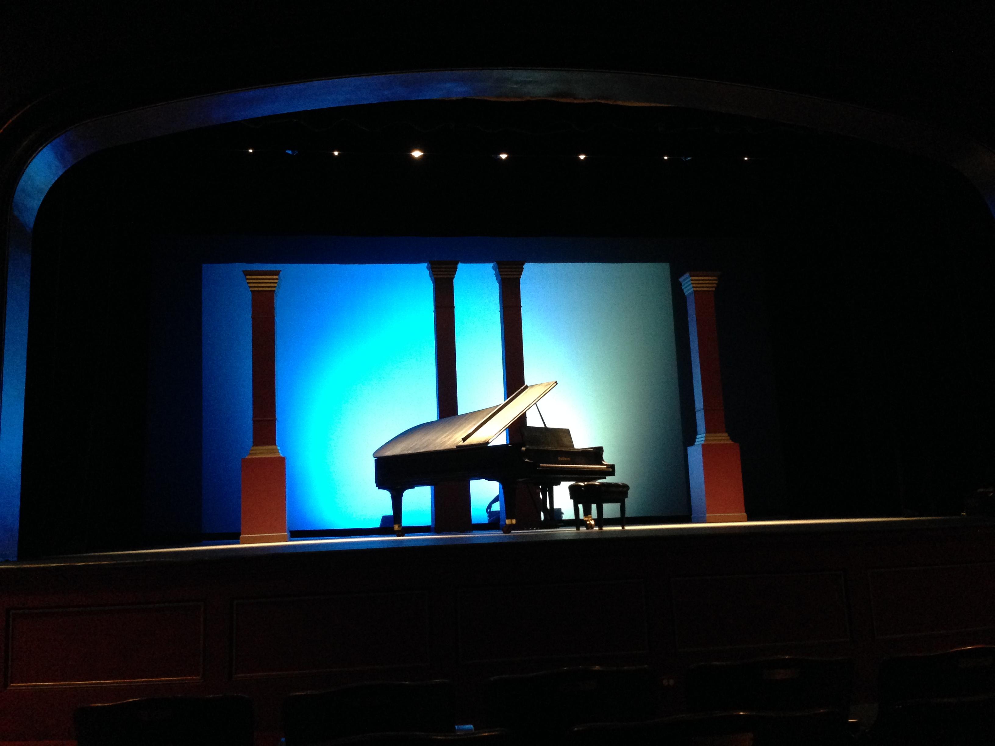 crest-theatre-19