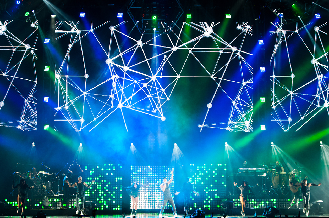 Ricky martin rocks mexico city with chauvet professional chauvet chauvetrickymartin5 lighting arubaitofo Images
