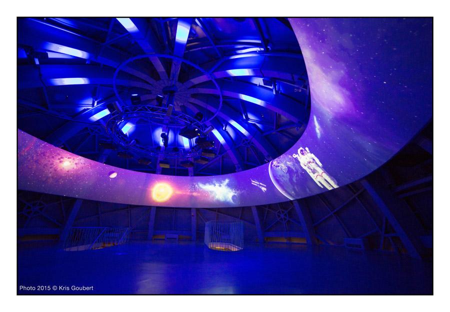 Atomium -2