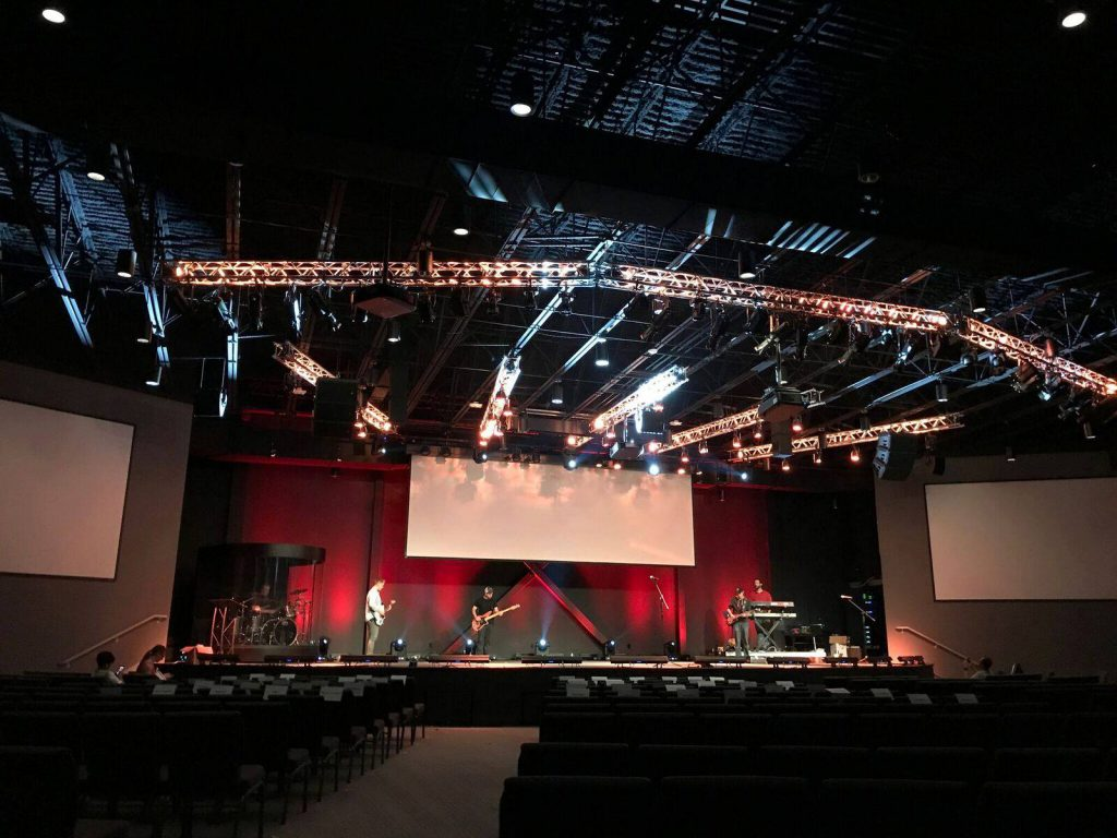 u201cThis church is fully contemporary in style but its leaders also wanted an immersive environment with a sense of transcendenceu201d said Doug Hood ... & High Tech Meets Warmth At Grace Church With CSD Group and CHAUVET ... azcodes.com
