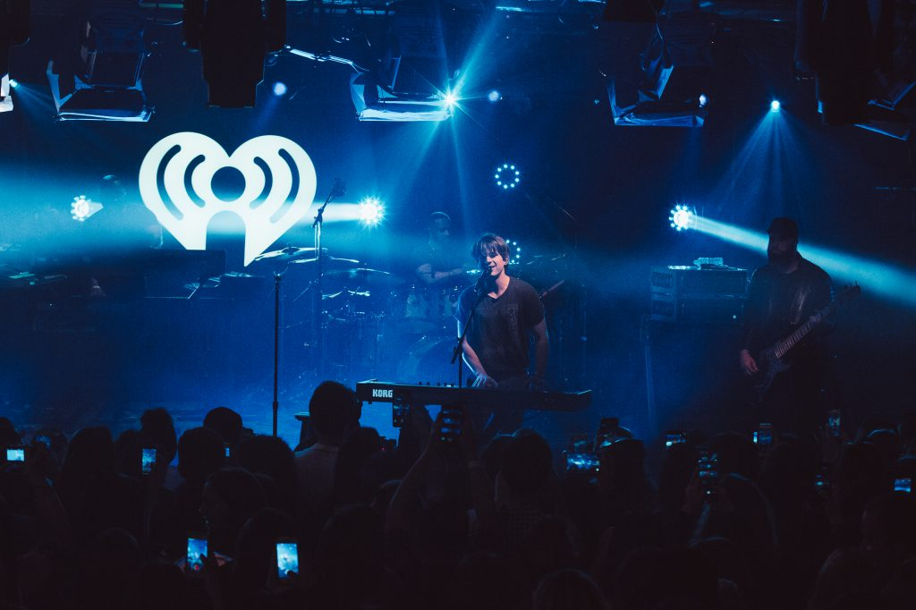 Iheartradio Theatre Creates Dynamic Lightshow For Charlie