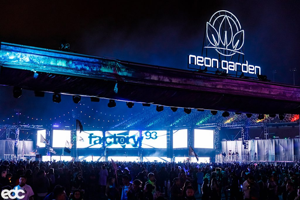 Steve Lieberman Creates Club Vibe In neonGARDEN At EDC Las